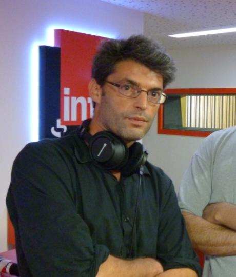 Le 3 décembre 2014, Stéphane Roszewitch est décédé, à 41 ans. Un grand journaliste. Un ami.