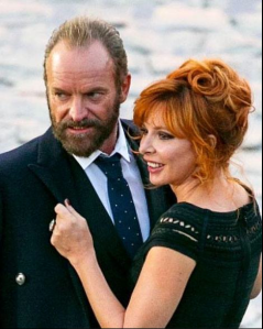 """C'est une Mylène sublime et sexy qui a rejoint Sting sur le tournage de """"Stolen Car"""", leur duo événement..."""